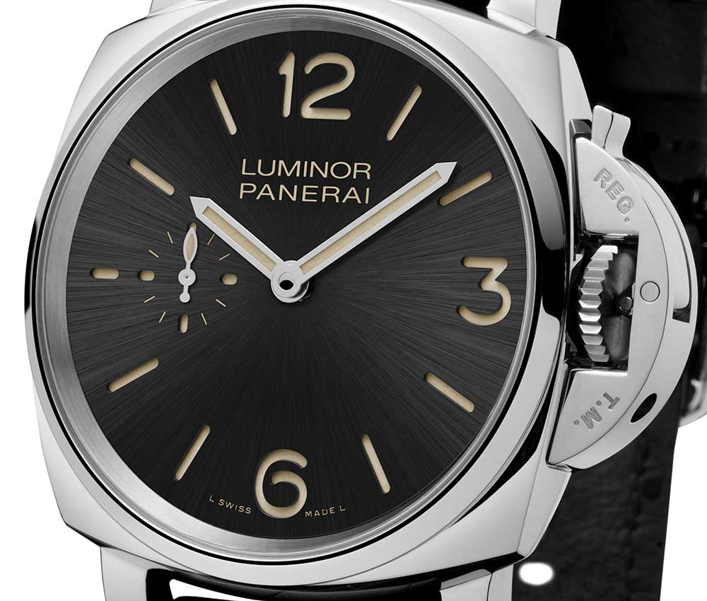 panerai luminor due 3 days closeup